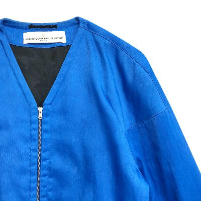 V-neck zip-up blouson blue