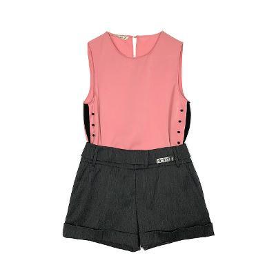 Zara - button detail blouse pink & Michaa - short pants gray