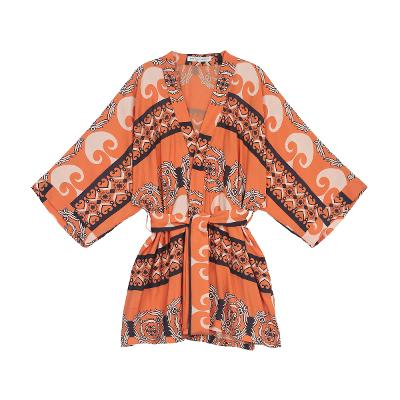 Exotic pattern kimono robe
