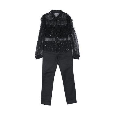 galaxy shirring blouse & chic black jeans
